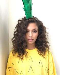 This is what I want my perm to look like Curly Lob, Curly Hair Cuts, Curly Hair Styles, Long Curly, Permed Hairstyles, Pretty Hairstyles, Bali Body, Hair Inspo, Hair Inspiration