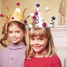 Looking for some New Year's Eve Crafts and Activities to keep kids busy on the long wait until midnight? Check out this selection of New Year's Eve crafts! New Years With Kids, New Years Hat, Kids New Years Eve, New Years Eve Party, New Year's Crafts, Hat Crafts, Holiday Crafts, Crafts For Kids, Children Crafts