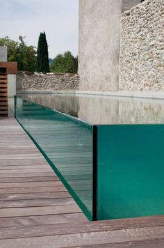 Excelsior glass walls swimming pool-Piscines Carré Bleu