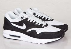 80c674c306 Nike - Part 12 Retro Sneakers, Air Max Sneakers, Sneakers Nike, Nike  Motivation