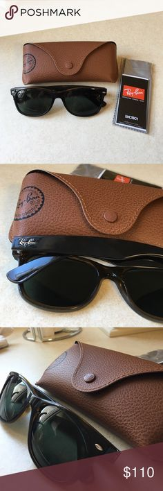 Ray Ban Wayfarer Sunglasses Tortoise patterned with green tinted lenses. Brand new and flawless condition. Ray-Ban Accessories Glasses