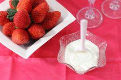 Cómo sustituir la nata en las recetas Glass Of Milk, Icing, Cereal, Easy Meals, Drinks, Breakfast, Desserts, Food, Pastel
