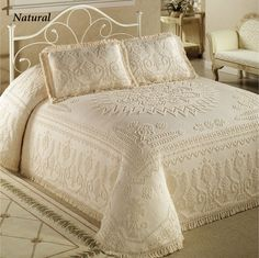 Spirit of America Bedspread Bedding is prewashed cotton, with rich looping that defines an intricate pattern. Candlewick Bedspread has a medallion. Bedding Sets Online, Luxury Bedding Sets, Comforter Sets, Home Bedroom, Bedroom Decor, Bedrooms, Bedspreads Comforters, Chenille Bedspread, Mattress Sets