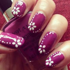 Simple Floral by BeautyIntact from Nail Art Gallery