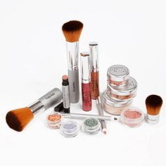 Priia Cosmetics ... beautiful, pure minerals made by a true beauty expert!