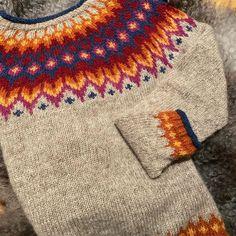 Knitting Wool, Fair Isle Knitting, Knitting Charts, Hand Knitting, Knitting Patterns, Knitting Designs, Knitting Projects, Hand Knitted Sweaters, Knitted Hats