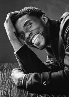 Not a meme but rest in peace to Chadwick Boseman. Wakanda Forever View Reddit by x_BANNED_x - View Source... Black Panthers, Jackie Robinson, Marvel Universe, Marvel Comics, Marvel Avengers, Black Panther Chadwick Boseman, Image Blog, Black Panther Marvel, Photo Shoot