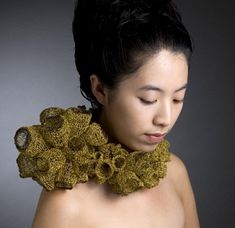 Eun-ji KYUNG, Kookmin University (Korea) alumni Textile Jewelry, Fabric Jewelry, Metal Jewelry, Jewelry Art, Beaded Jewelry, Textiles, Design Textile, Wire Crochet, Body Adornment