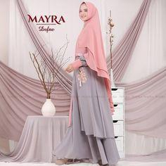 Defne Syari by Mayra Ootd Hijab, Hijab Outfit, Modest Fashion, Hijab Fashion, Alhamdulillah, Girls Out, Happy Shopping, Boutique, Coat