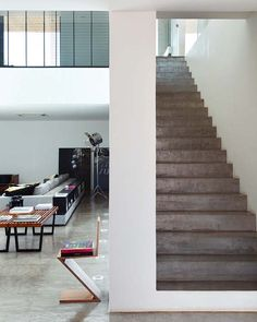 Imposing modern home with volumes in Brazil