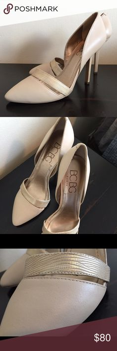 f1d1b0f4112fa BCBG nude pump with gold accent strap Gorgeous BCBG nude pumps with gold  accent. strap · Topánky Na Opätkoch