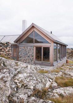Hytteinspirasjon fra Rindalshytter med kledning og tretak i MøreRoyal®