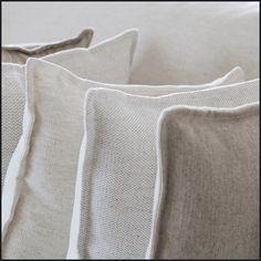 Boutique (lescreations.com): finition délavé #monochrome #vinatge #linen #interior #interiordesign #home #homedesign #homedecor #decor #decoration #homesweethome #lovely #cute #textiles #textildesign #fabric #pattern #texture
