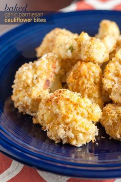 揚げないから低カロリー♪ガーリックとパルメザンのカリフラワーフライ - macaroni