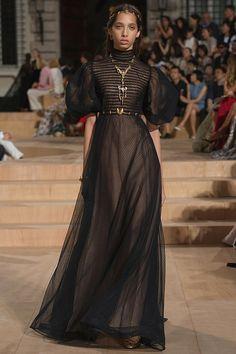 Valentino - Autumn/Winter 2015-16 Couture - Paris (Vogue.co.uk)