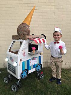 Julian's Ice Cream Truck Wagon Halloween Costumes, Wagon Costume, Halloween Costumes Kids Homemade, Candy Costumes, Halloween Costume Contest, Diy Costumes, Halloween Halloween, Vintage Halloween, Halloween Makeup