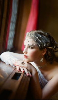 Great Gatsby Bridal Ideas with hair pieces from Serephine and roaring style makeup and hair. Bridal Looks, Bridal Style, Bridal Headpieces, Bridal Hair, Wedding Veils, Wedding Dresses, Pronovias, Perfect Day, Vintage Bridal