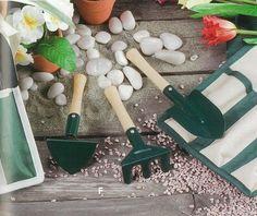Jardim Bolsa+Conj. 3 Ferramentas 2CS| Artigos de Jardinagem | Utilidades Domésticas |Ferramentas | Marmair  http://www.marmair.pt/detalhe.php?p=4837  € 4,00
