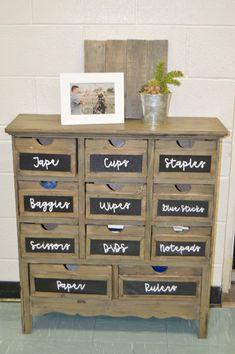 Classroom supply organizer