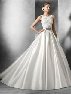 Detachable Mikado Sat Skirt Mimi by Pronovias