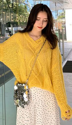Fashiontroy Street Style long sleeves V-neck pink yellow oversized cable-knit sw. Fashiontroy Street Style long sleeves V-neck pink yellow oversized cable-knit sweater spring summer. Petite Clothing Online, Asian Street Style, Petite Outfits, Cable Knit Sweaters, Pink Yellow, Korean Fashion, Diy Desk, V Neck, Fashion Outfits