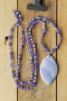 lavender purple matte striped agate pendant necklace with agate crystal and silver beads. lavender purple matte striped agate pendant necklace with agate crystal and silver beads. Crystal Jewelry, Crystal Beads, Silver Beads, Crystal Pendant Necklace, Agate Jewelry, Beaded Jewellery, Agate Necklace, Bead Jewelry, Diy Necklace