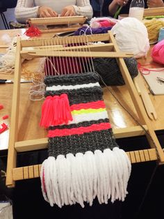 Learning to Weave at Peas and Needles Beginner's Weaving Class. Such an addictive craft!