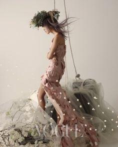 """Spring Breeze"": Han Hye-Jin Wears White by Lee Gun-Ho for Vogue Korea"