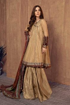 Formal Winter Party Wear Dresses Maria B Stitched Collection for women & kids includes best designs of ready to wear shirts, frocks, kurtas, Pakistani Fashion Party Wear, Pakistani Wedding Outfits, Pakistani Dress Design, Pakistani Dresses, Lengha Blouse Designs, Gharara Designs, Eid Outfits, Indian Outfits, Indian Clothes