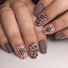 acrylic square nails design and color ideas for short nails- white blac Henna Nails, Lace Nails, Henna Nail Art, Square Nail Designs, Best Nail Art Designs, Jolie Nail Art, Nail Art Design Gallery, Mandala Nails, Nagellack Trends