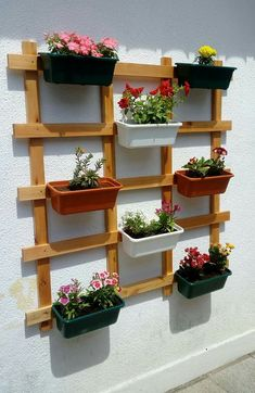 Vertical vegetable gardens 861806078680206656 - That will motivate you how to garden design beautiful vertical 28 Source by Garden Garden apartment Garden ideas Garden small House Plants Decor, Plant Decor, Back Gardens, Outdoor Gardens, Small Gardens, Vertical Vegetable Gardens, Vegetable Gardening, Small Balcony Garden, Balcony Plants