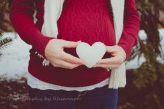 Winter Maternity Session Baby Heart made of snow