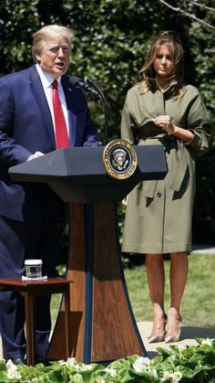 President & First Lady Melania Trump, Tree Planting Ceremony, Earth Day, 🌲🌎 Tree Planting, Donald Trump Jr, Greatest Presidents, Standing Poses, First Lady Melania Trump, New President, Political Cartoons, Beautiful One, Business Outfits