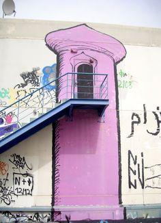 Our Athens...Μια φωτογραφία για την Αθήνα Street Art Utopia, Murals Street Art, Street Art Graffiti, Courtyard Ideas, Wall Murals, Wall Art, Best Street Art, Street House, House Wall