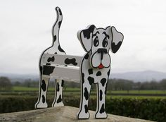 Dalmatian Planter.    Handmade and hand painted.    Can be used indoors and outdoors.    A fun and unique way to display your plants.    SOME SELF ASSEMBLY IS REQUIRED. (8 SCREWS). ALL FITTINGS AND INSTRUCTIONS ARE INCLUDED.