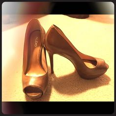 Aldo heels Super cute Aldo heels, tan in color. Barely worn. Great shape! Additional pics under another post! ALDO Shoes Heels