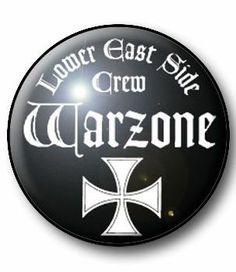 BADGE WARZONE - badge punk - all our punk buttons 1 € - punk rock hardcore crust - www.la-petroleuse.com