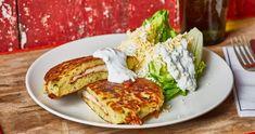 Polenta, Salmon Burgers, Avocado Toast, Food And Drink, Cooking, Breakfast, Ethnic Recipes, Kitchen, Street