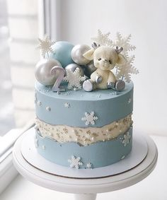 Baby Girl Birthday Cake, Cute Birthday Cakes, Beautiful Birthday Cakes, Beautiful Cakes, Cake Designs For Boy, Cake Decorating Designs, Cake Decorating Techniques, Winter Torte, Christmas Cake Designs