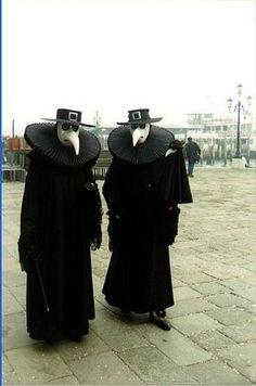 Venetian masquerade        Molly Miller via Vanessa Nadia Moylan onto Once upon a time ...