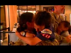 Army Parents Give Kids Double Surprise By Coming Home Together (VIDEO)