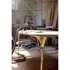valentin_loellmannA table in brass and walnut on its way 🔨 #insidestudiovalentinloellmann  #uniquepieces  #process