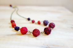 Yarn Bead Necklace. Ruby Red and Purple. Wool by NariDesignPot