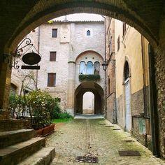 Borgo di Sassoferrato (AN) #marchespiritualroute