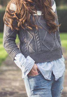 Comfy Weekend Fashion! Love this casual Style! #Cozy #Gray #Layers #Sweater #Shirt #Street #Style #Fashion