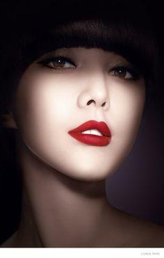 Fan Bingbing for L'Oreal Paris cosmetics Color Riche Lipstick line