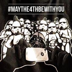 #felizdiastarwars #maythe4thbewithyou #selfie #quelafuerzateacompañe #starwars #darkvader  #twitter