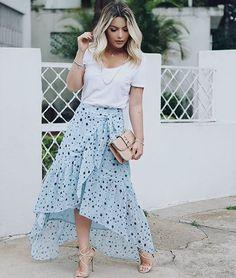 WEBSTA @ achadosdalua - Bom dia! Denovo com look lindo da @mama_castilho porque to amando estampa de estrelas! E que saia maravilhosa essa né não?! ❤️⭐️ #style #estilo #inspiração #inspiration #look #fashion #fashionblogger #blogger #achadosdalua #salvador #bahia