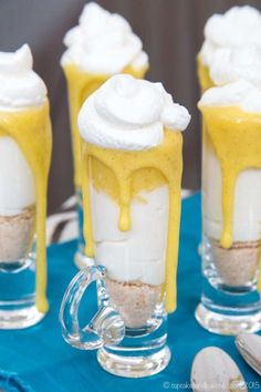 Mini No-Bake Creamsicle Cheesecake Parfaits are simple miniature desserts perfect for any spring holiday or party. Easy to make gluten free too! Easy No Bake Desserts, Mini Desserts, Gluten Free Desserts, Spring Desserts, Spring Recipes, Cupcake Recipes, Snack Recipes, Dessert Recipes, Parfait