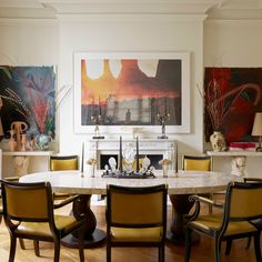 The couple modified the Garouste and Bonetti dining table with a scagliola…